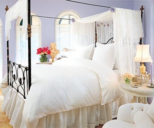 Off white wedding bed room design