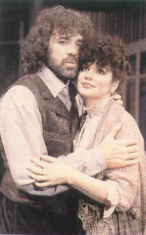 Caption: Morris, Ronstadt in 'Boheme': Fragile minx